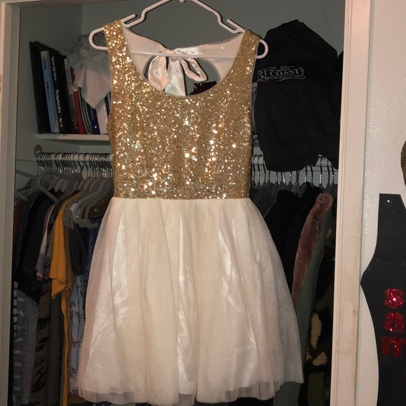 B Darlin Dresses & Skirts - Gold and White prom dress